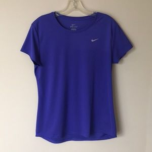 Nike Women's Dri-Fit Tee - L